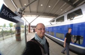 2012-10-11-03-arrivee-a-aix-en-provence-pour-le-congres-de-magicien-de-la-ffap-2012