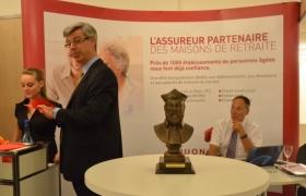mentalisme-pour-les-assurances-cornil-a-bruxelles-sur-un-stand-du-synerpa-2012-15