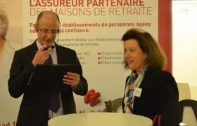 mentalisme-pour-les-assurances-cornil-a-bruxelles-sur-un-stand-du-synerpa-2012-24