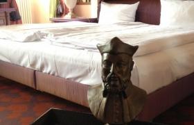 2012-06-21-nostradamus-en-allemagne-au-victor-s-residenz-hotel-entre-la-france-le-luxembourg