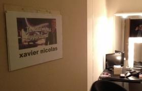 Loge du mentaliste Xavier Nicolas pour 'La nuit nous appartient'