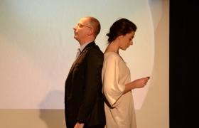 Spectacle de mentalisme Remue Meninges au theatre de Forge les bains (51)